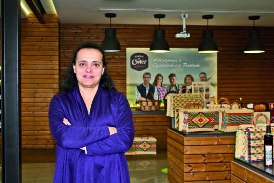 Maria do Carmo diretora Cooperativa Agricola (1)_cmyk