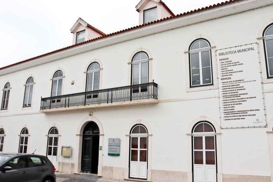 fachada-biblioteca