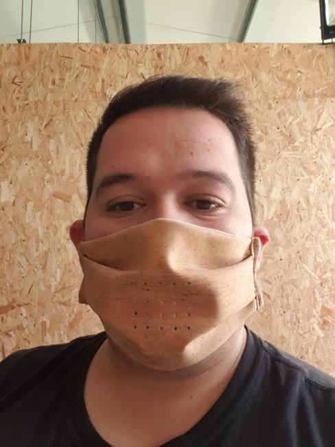 mascara de cortiça