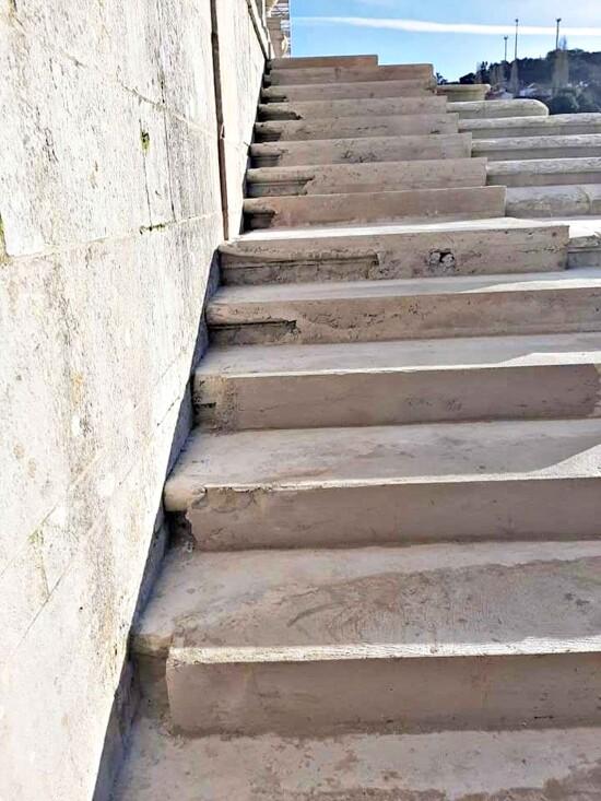 FOTO-RUI-ALEXANDRE-Mosteiro-de-Alcobaca-escada